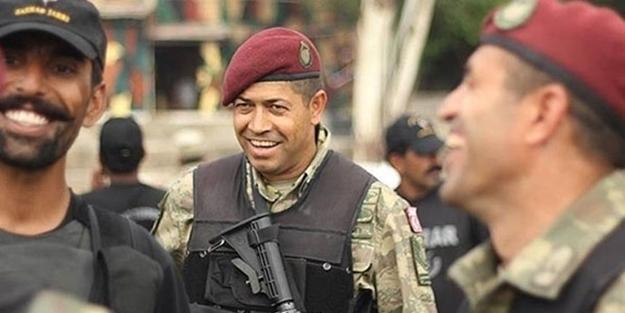 """Çevrişlişçi general Semih Terziyi alnından vuran Ömər Halisdemirin son sözü : """"Baş üstə komutanım"""""""