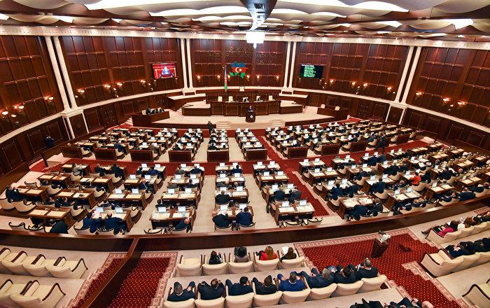 Milli Məclisin bəzi deputatları sabahkı plenar iclasa qatılmayacaq