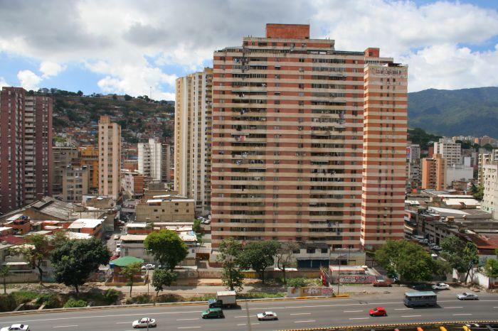 ABŞ 3 ayda Venesuelaya 30 milyardlıq ziyan vurdu