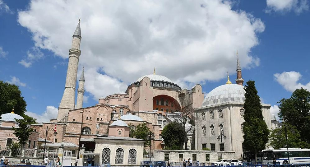 """""""Türklər olmasaydı, Ayasofya çoxdan çökərdi"""" – Yunan rahibdən yunanlara tarix dərsi"""