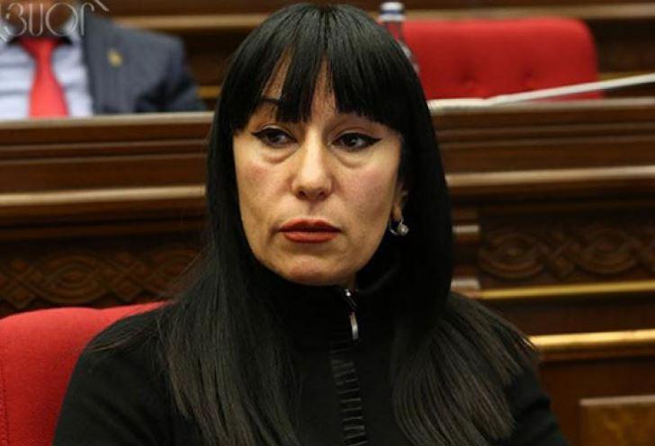 """İki əsas məsələ var: Paşinyanın istefası və ..."""" – Erməni deputat Naira  Zöhrabyan"""